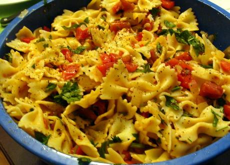 fresh tomato pasta, pasta salad
