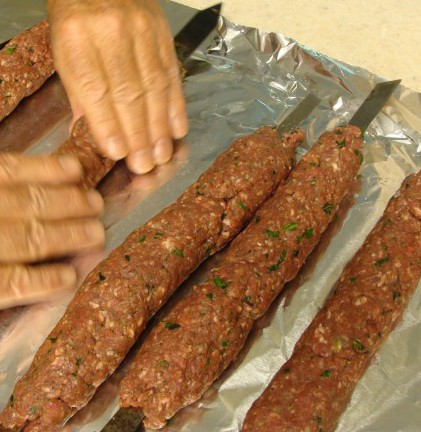 how to make easy beef kebabs